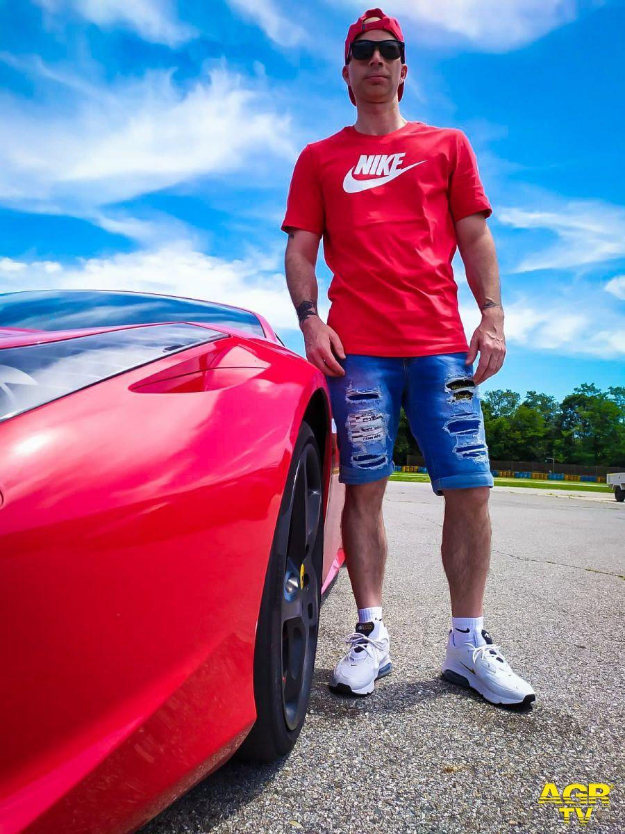 Guidare una Ferrari...il sogno di una vita | Tecnologia AGR