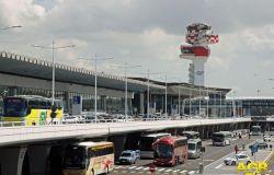 Fiumicino insorge, i passeggeri del Bangladesh sul volo dal Quatar non devono sbarcare