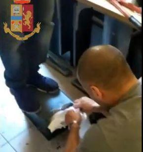 Roma. Contrasto al traffico di sostanze stupefacenti. 5 le persone arrestate dalla Polizia di Stato nei quartieri Prenestino, Tiburtino e San Giovanni