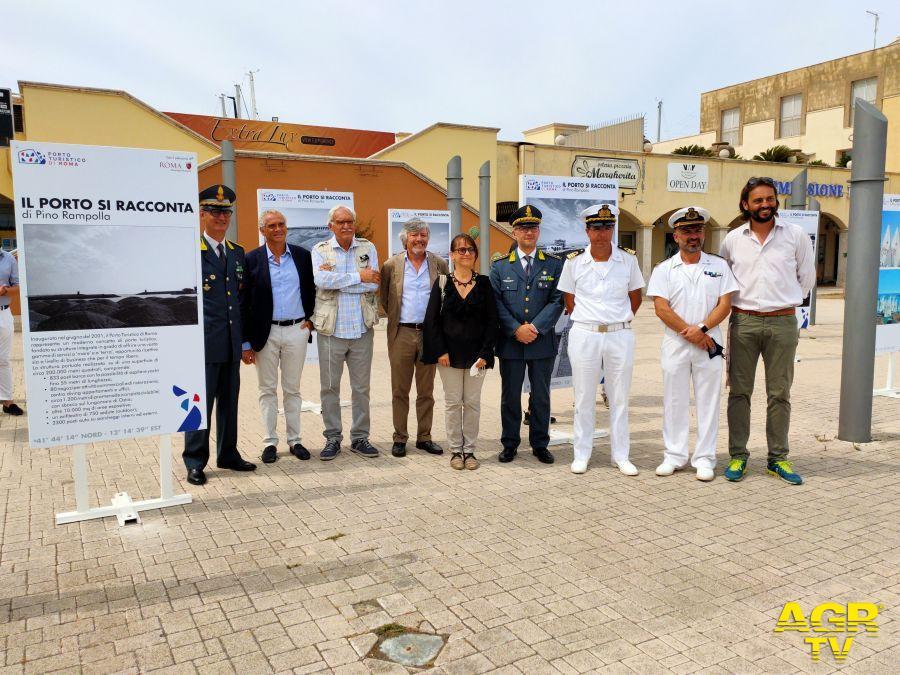 Ostia com'era, inaugurata la mostra fotografica Il porto si racconta