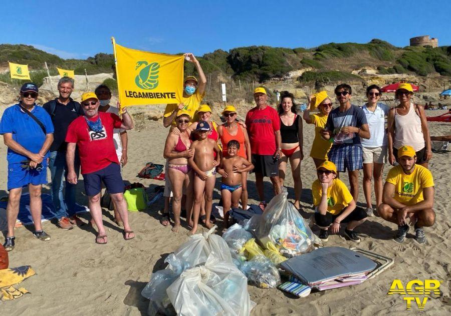 Anzio &Nettuno, pulita la spiaggia della riserva di Tor Caldara