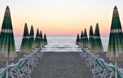 Balneari, spiagge chiuse, Pasqua senza andare al mare