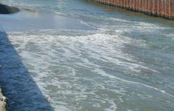 Ostia, canale dei pescatori senza controllo, insabbiata la foce e banchina a rischio