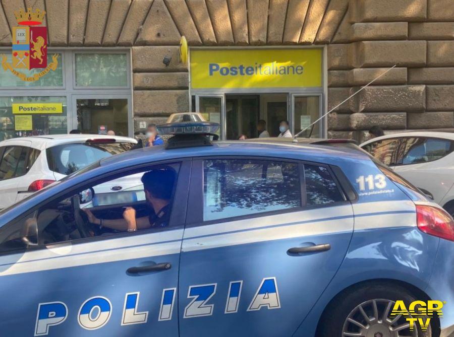 Ufficio postale, gli chiedono un documento e lui mostra i genitali, arrestato per violenza sessuale
