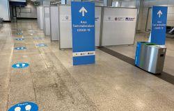 Aeroporto, allestite aree dedicate ai test anti-covid per chi arriva dai paesi a rischio