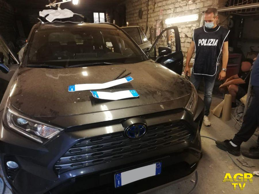 Lanuvio, arrestati tre uomini dalla Polizia Stradale in una carrozzeria