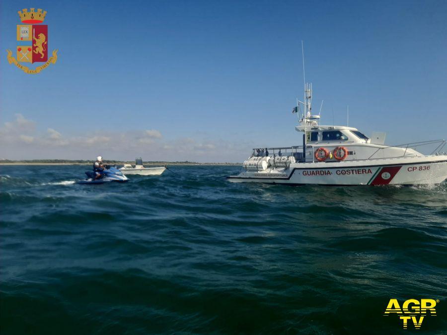 4 persone in balìa delle onde salvate dalla Polizia di Stato