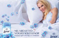 Ilary Blasi a Totti: Stanotte dormi sul divano