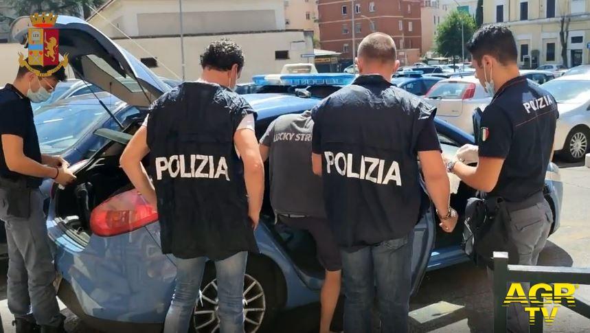 Immediato l'intervento degli agenti del commissariato Ponte Milvio