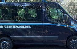 furgone polizia penitenziaria
