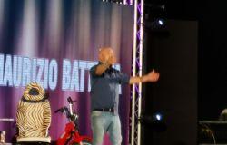inizio spettacolo  Maurizio Battista prima interruzione