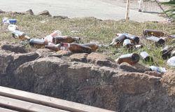 Ostia, accumuli di rifiuti e degrado, cittadini esasperati