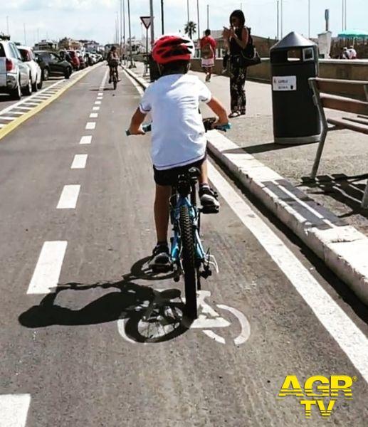 pista ciclabile bambino