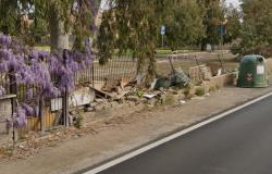 Acilia, ricostruito muro perimetrale del parco di via Prato Cornelio