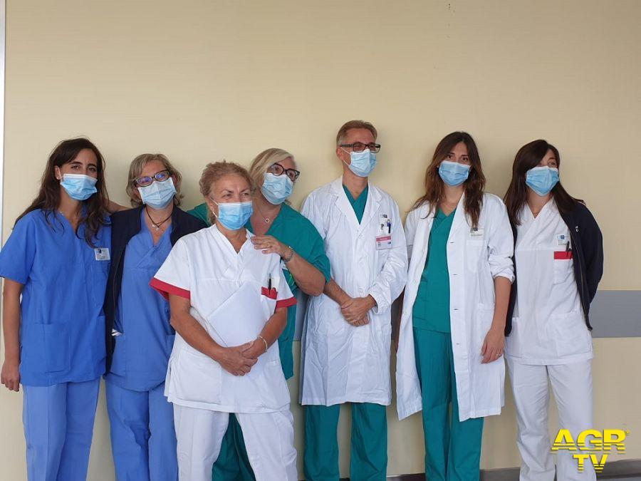 Nasce dentro l'addome: la salvano la prontezza e la professionalità dell'equipe medica