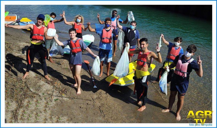 Lega navale canoisti raccolta rifiuti