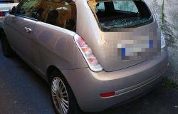 cruscotto auto danneggiata