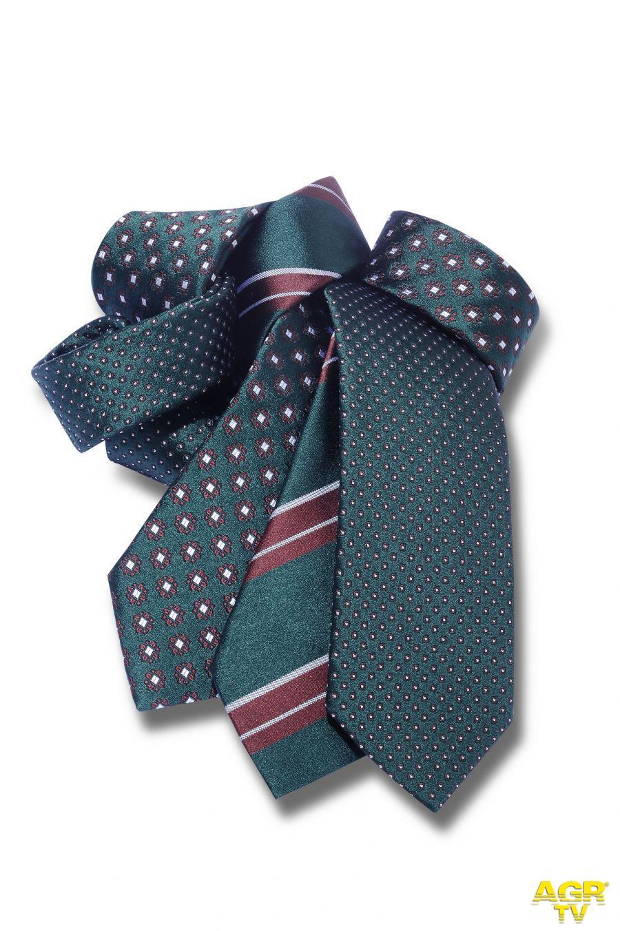 Cravatta day, la personalità si porta al collo