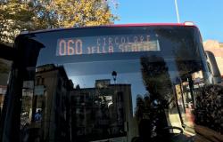 Bus oltre il 50% della capienza, l'Astral: mai superato, abbiamo squadre rilevatori per informare e limitare gli assembramenti