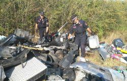 Rifiuti: in comune di Campi Bisenzio i Carabinieri Forestali individuano una attività' di gestione illecita di rifiuti non pericolosi