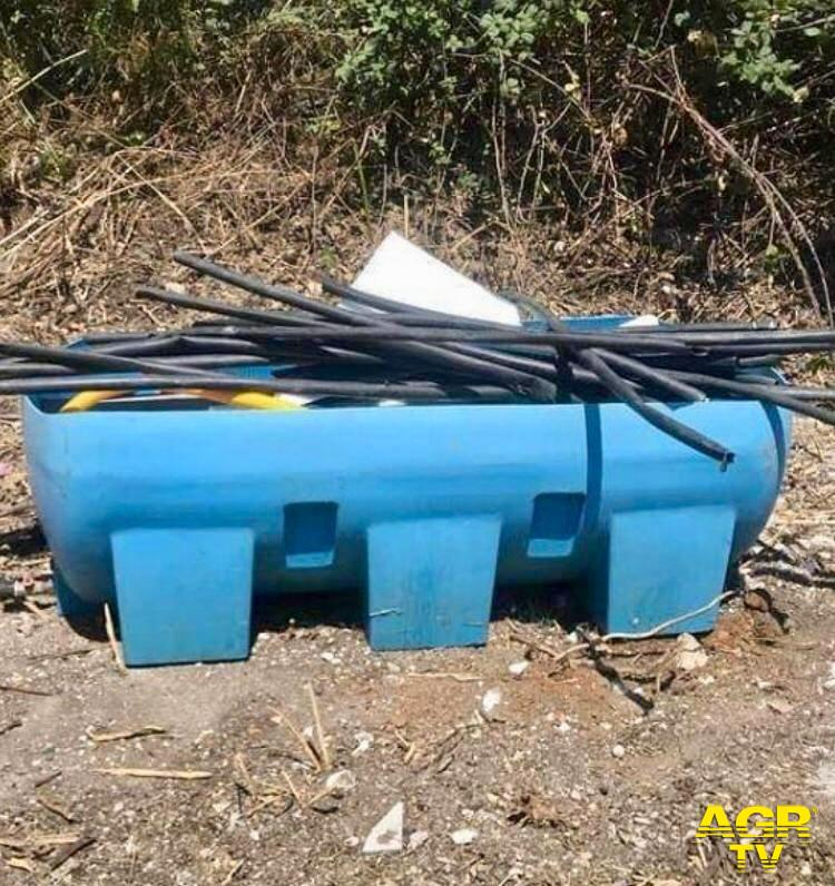 rifiuti via ricadi Centro Giano