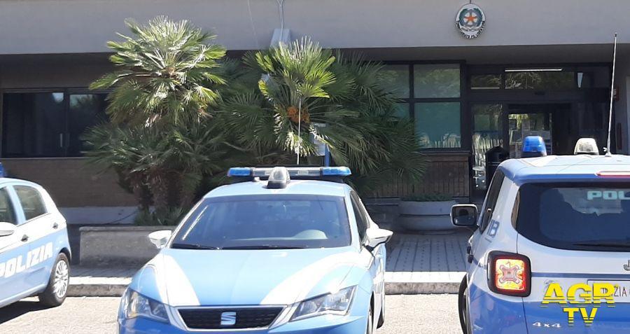 Ostia: Prenota un'auto con conducente, estrae una pistola giocattolo e tenta di impossessarsi del mezzo
