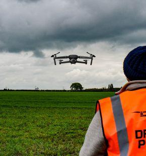 Droni, boom di patentini per piloti