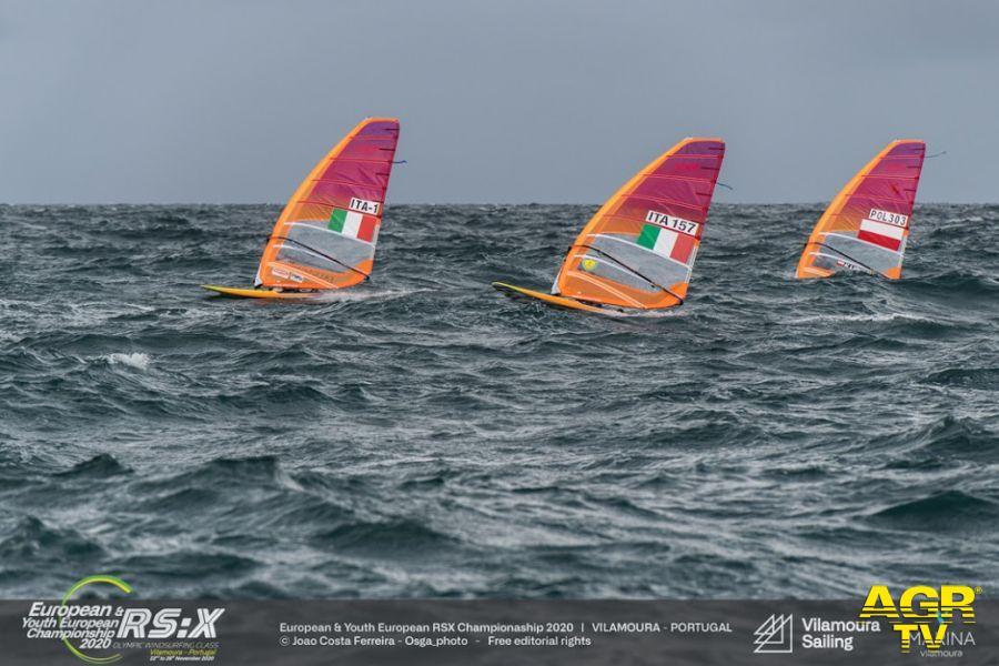 Vela, europeo windsurf RS:X in Portogallo, azzurri tra luci ed ombre