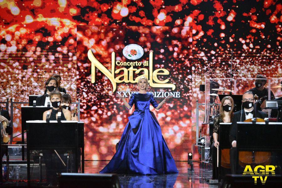 Concerto di Natale 2020 su canale 5, protagonista l'Orchestra Italiana del Cinema