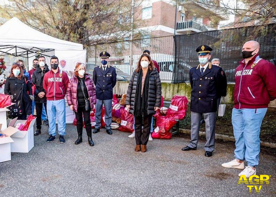 Salvamamme e Fiamme Oro Rugby della Polizia di Stato insieme per un Natale con amore e in sicurezza