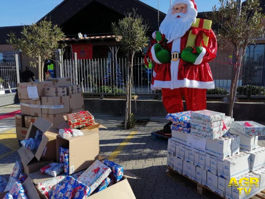 Fiumicino, Babbo Natale ha la divisa...dei vigili urbani