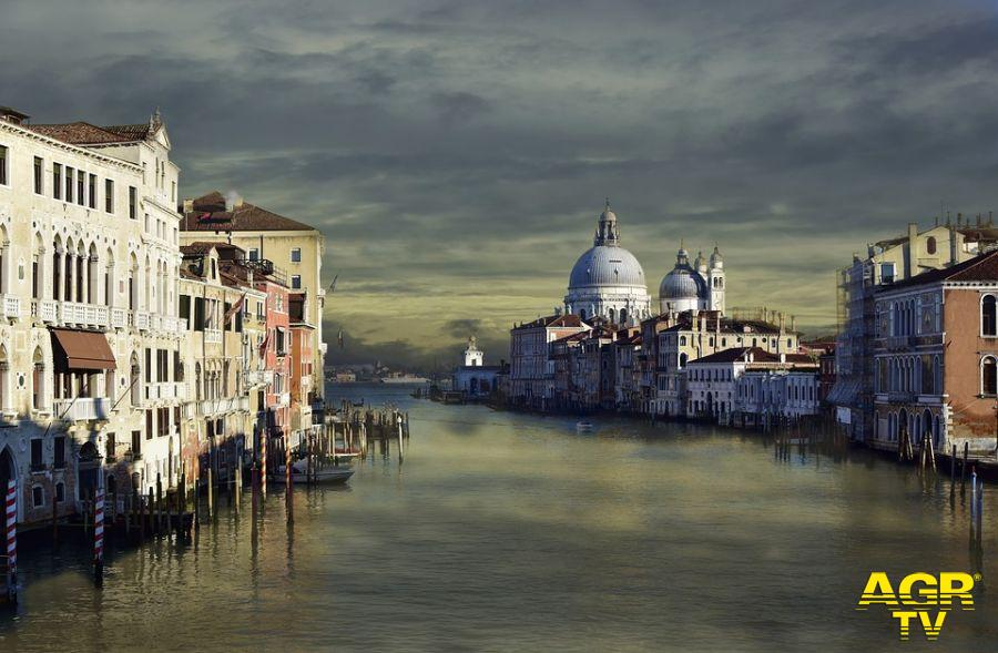 Ambientalisti al Governo: usate i fondi di Next Generation EU per il riequilibrio della Laguna di Venezia