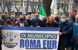 Eur, la Lega tra la gente e con la...gente nel IX Municipio