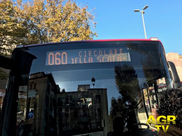 Casalpalocco, bus costretto a deviare il percorso per impraticabilità della strada