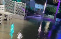 Fiumicino, dopo l'ultima terribile mareggiata ristoranti sott'acqua