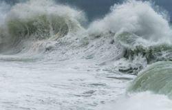 Mareggiata di Marina di Massa, la Regione non ha mai smesso di contrastare l'erosione costiera