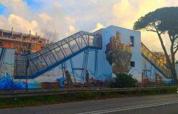 Lido nord: ultimato Ne-os-storia di un futuro, ora risistemare il murales antimafia