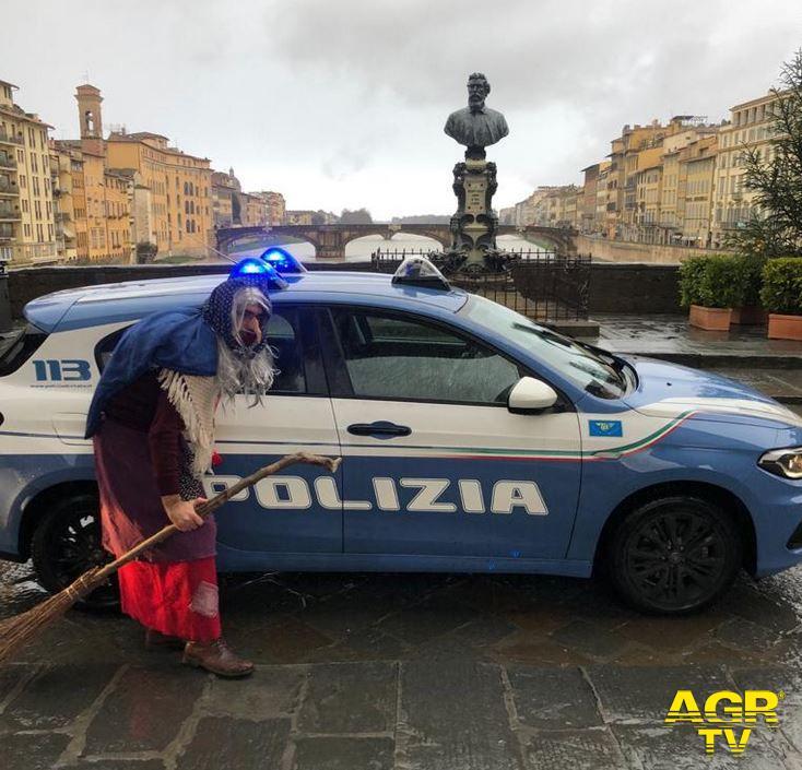La Befana della Polizia di Stato è volata all'Ospedale Pediatrico Meyer di Firenze