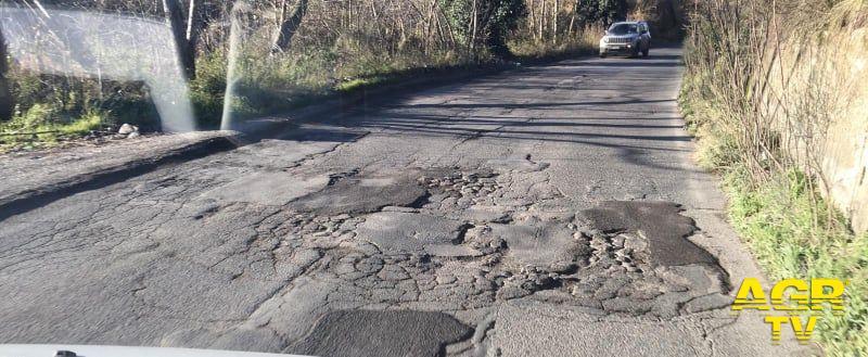 via pisana stato asfalto