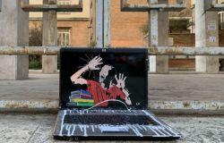 2021, in presenza ed in sicurezza nuova opera della Street Artist Laika esposta al liceo Giulio Cesare