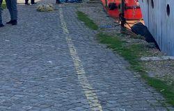 Fiumicino, rischio nuova collisione per il ponte 2 Giugno, il vento forte allenta gli ormeggi del relitto