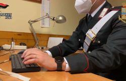 Carabinieri, hanno offeso l'onore del Capo dello Stato, raffiche di perquisizioni e controlli