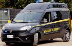 GdF Prato. Bancarotta fraudolenta, autoriciclaggio ed evasione fiscale: arrestato imprenditore pratese ed eseguiti sequestri di beni