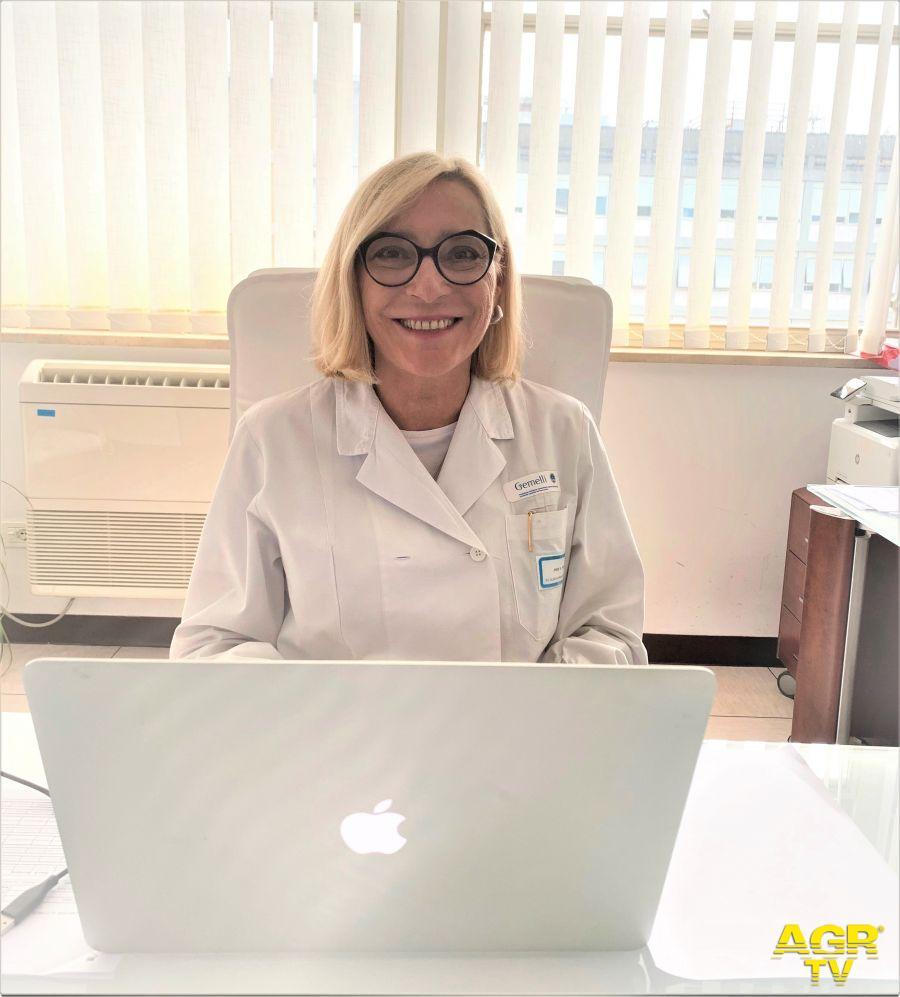 Professoressa Ketty Peris, Presidente SIDeMaSTe Direttrice dell'U.O.C. di Dermatologia del Policlinico Gemelli di Roma