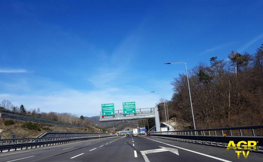 chiusura per una notte il tratto allacciamento A1 Panoramica località Aglio verso Firenze