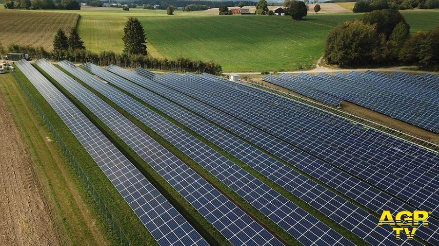 Fiumicino, fotovoltaico a Castellaccio, la politica si divide