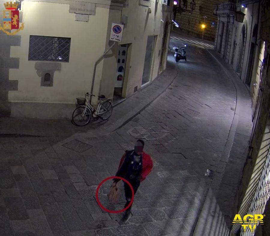 La Polizia di Stato ferma alle Cascine il presunto autore di una violenta rapina