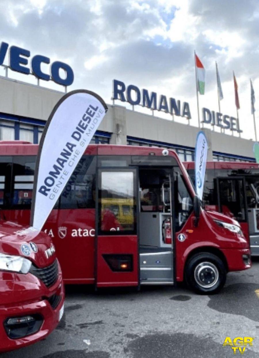 Vitinia, nuovi mini bus per lo 09