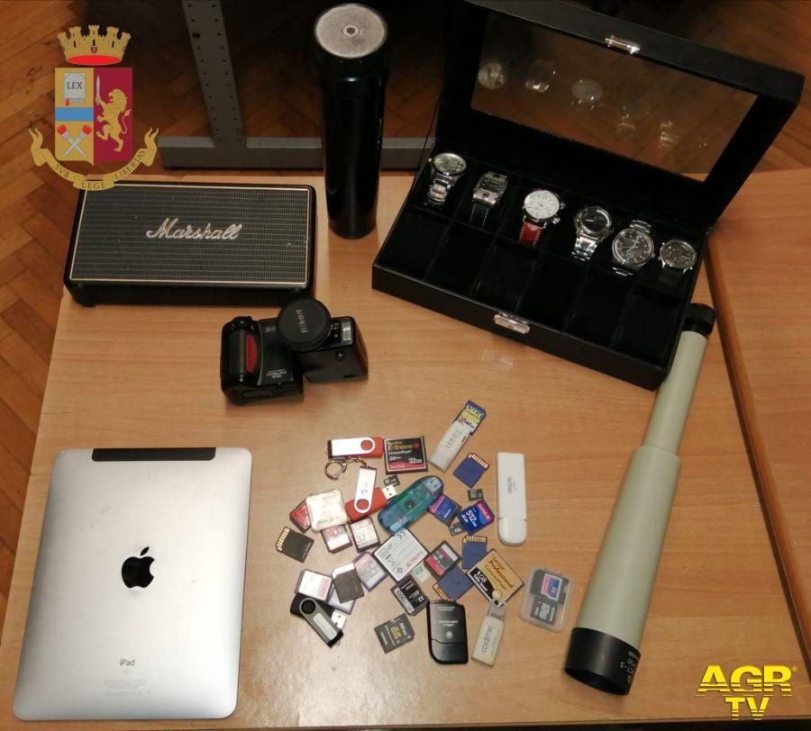 Intercettato ricettatore macedone, aveva il portabagagli pieno di oggetti rubati