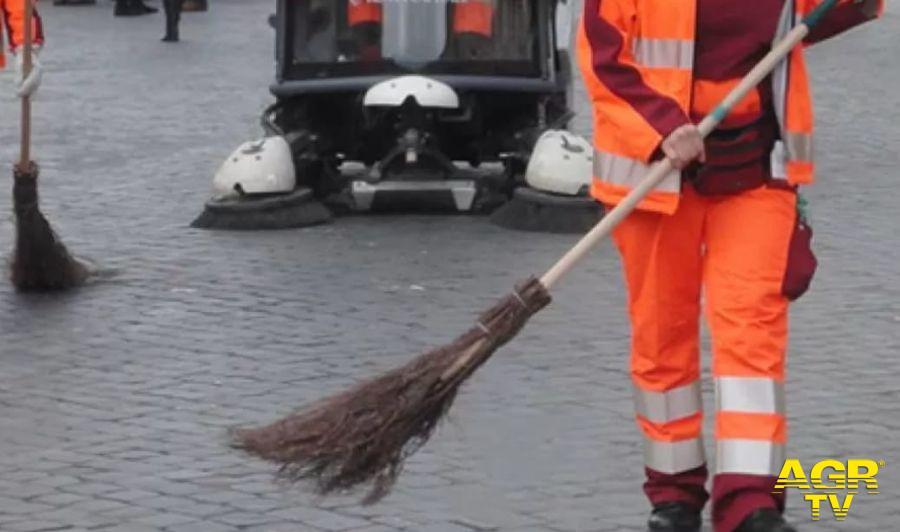 PD AMA: emergenza rifiuti, sblocco degli straordinari per correre ai ripari